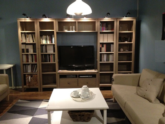Living Room Design with TV Cabinet